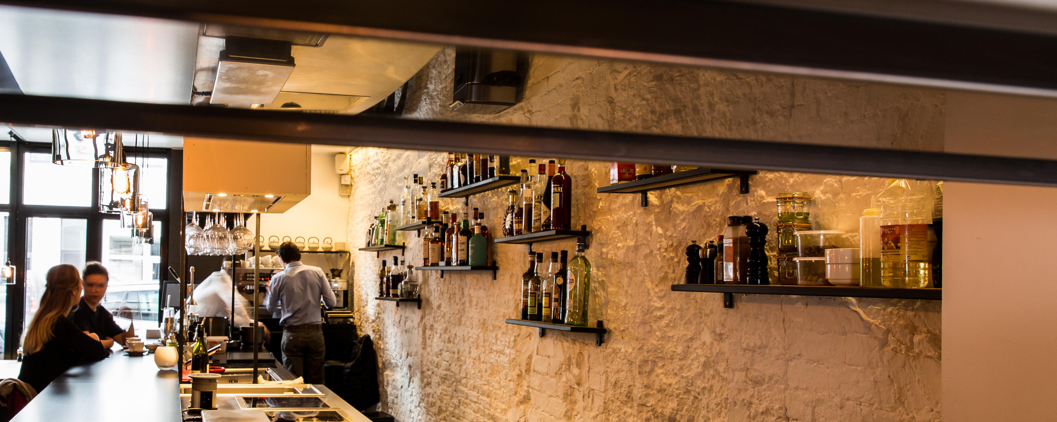 Antwerpen - Polyvalent food & beverage handelsgelijkvloers over te ...